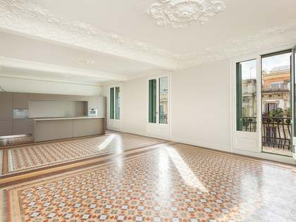 Penthouse to buy in Casa Burés on Ausias March, Eixample