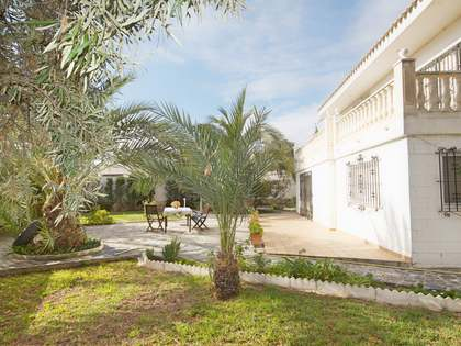 339m² House / Villa for sale in Playa San Juan, Alicante