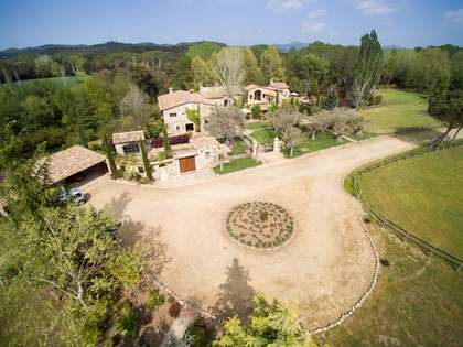 1,988 m² equestrian property for sale in Baix Empordà