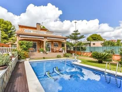 Huis / Villa van 316m² te koop in Calafell, Tarragona