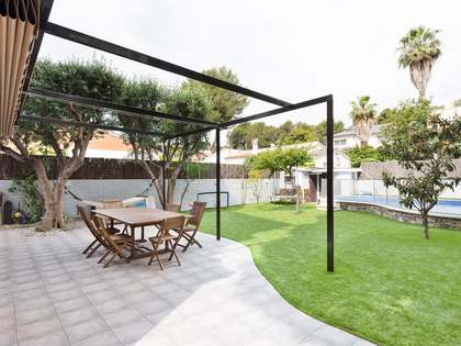 341m² House / Villa for rent in Montemar, Barcelona
