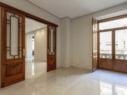 313m² apartment with 103m² terrace for sale in Pla del Remei