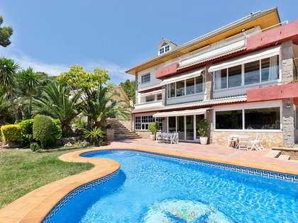 1,382m² House / Villa for sale in Montemar, Barcelona