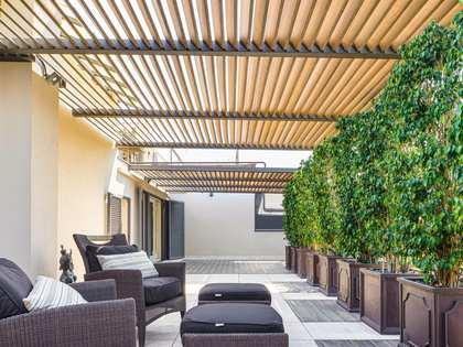 Пентхаус 238m², 123m² террасa на продажу в Правый Эшампле