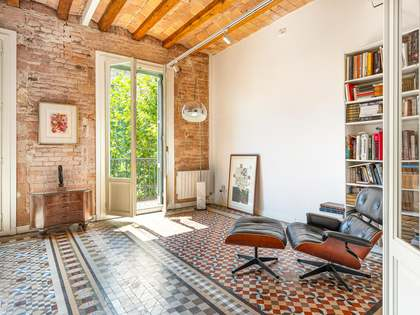 120m² Apartment for sale in Sant Antoni, Barcelona