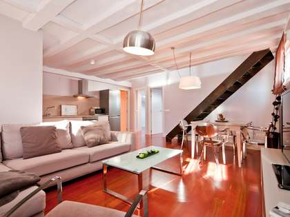 90 m² apartment for rent in Cortes / Huertas, Madrid
