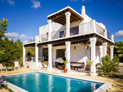 Country house for sale near Santa Eulalia, Ibiza
