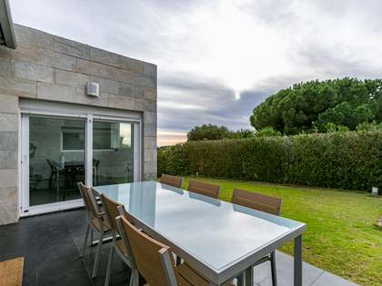 225m² House / Villa for sale in Alella, Barcelona