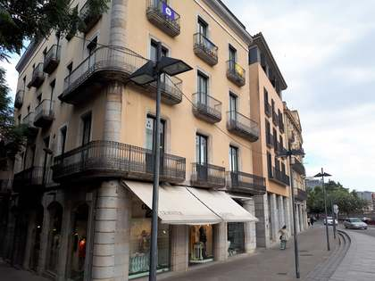 Pis de 430m² en venda a Girona, Girona