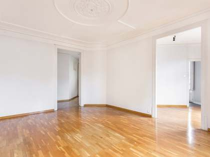 158 m² apartment for sale in Eixample Right, Barcelona