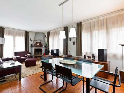 Huis / Villa van 287m² te koop met 685m² Tuin in Sant Cugat