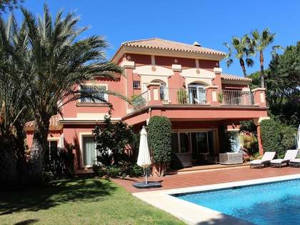Family home with pool for sale in East Marbella