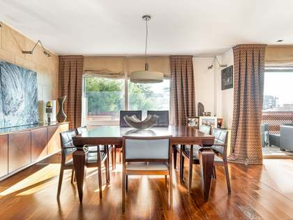 349m² Apartment with 37m² terrace for sale in Tres Torres