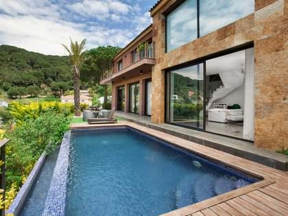 Huis / Villa van 343m² te koop in Cabrils, Maresme