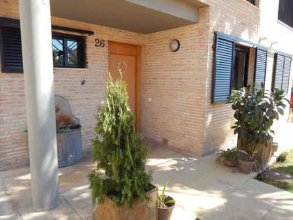 Huis / Villa van 150m² te koop in Bétera, Valencia