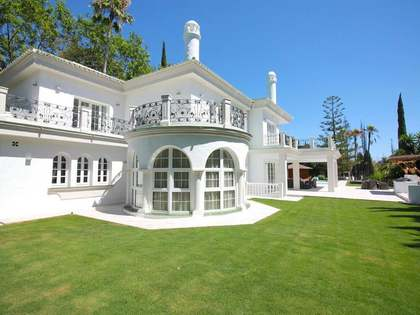 Maison / Villa de 550m² a vendre à Nueva Andalucía avec 2,489m² de jardin