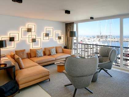 Piso de 2 dormitorios con terraza en venta en Dénia