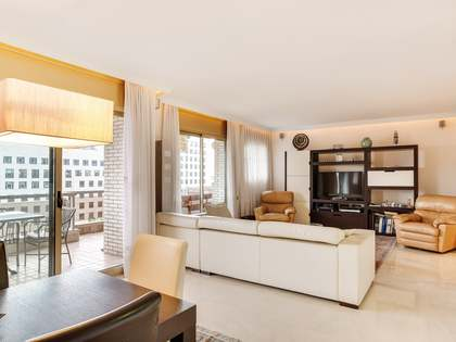 190 m² apartment for sale in Les Corts, Barcelona