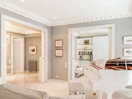 Appartement van 325m² te koop met 40m² terras in Sant Francesc