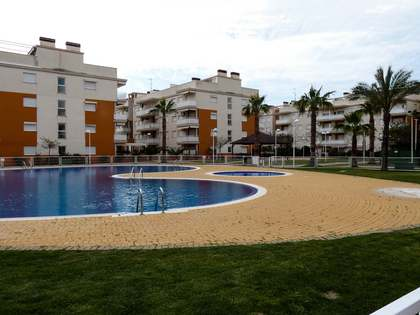 130m² Apartment with 50m² terrace for sale in Castellón