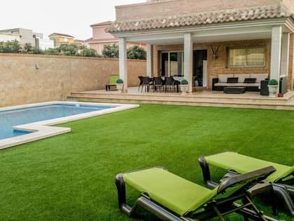 285m² House / Villa for sale in Castellón, Spain
