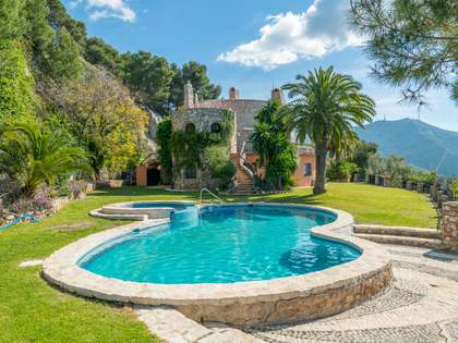 Дом / Вилла 450m², 97m² террасa на продажу в East Málaga