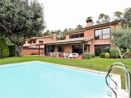 450m² Hus/Villa till salu i Sant Cugat, Barcelona