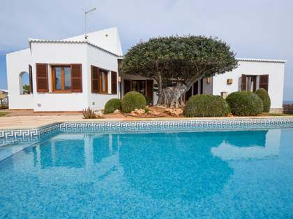 358m² House / Villa for sale in Ciudadela, Menorca