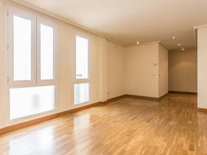 2-bedroom duplex property for sale in Madrid centre