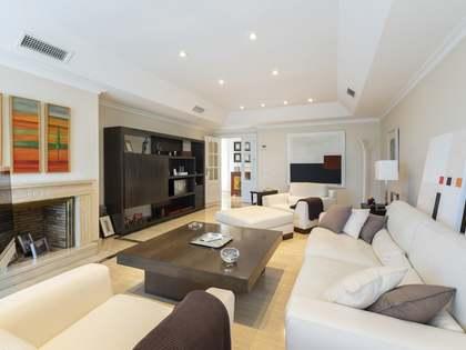 Ático de 140 m² con 120 m² de terraza en venta en Aravaca