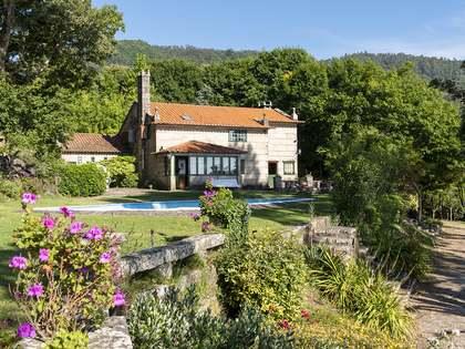 778m² Haus / Villa zum Verkauf in Pontevedra, Galicia