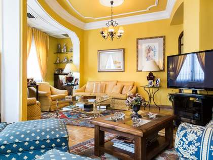 Appartement van 180m² te koop met 10m² terras in Sant Francesc