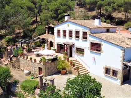 Landhuis van 394m² te koop in Platja d'Aro, Costa Brava