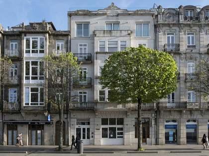 Penthouse van 204m² te koop met 51m² terras in Vigo
