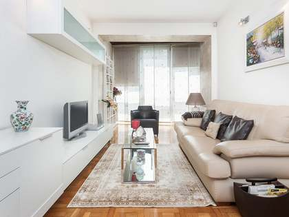 74m² Apartment for sale in Eixample Right, Barcelona