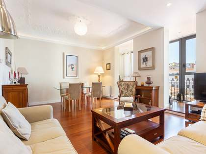 Renovated 4.bedroom apartment for sale, Eixample Barcelona