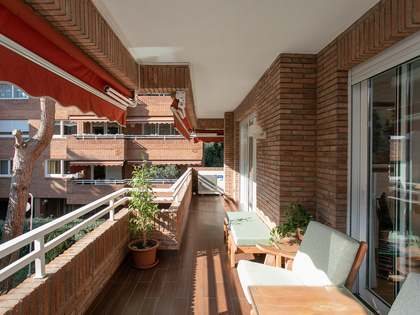166m² Apartment with 20m² terrace for sale in Pedralbes