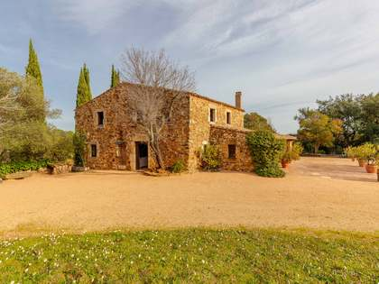 400 m² country house for sale in Baix Empordà, Girona