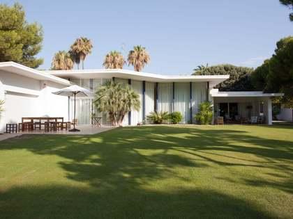 574m² Hus/Villa med 1,000m² Trädgård till salu i Terramar