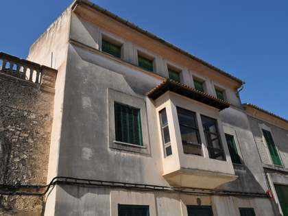 Casa adosada en venta en el centro de Mallorca