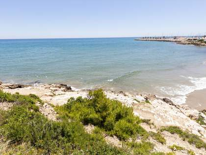 900 m² plot for sale in Sitges Town