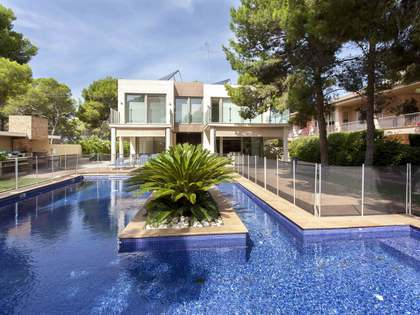 620 m² house for sale in La Cañada, Paterna