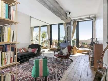 Attico di 150m² con 40m² terrazza in affitto a Poblenou