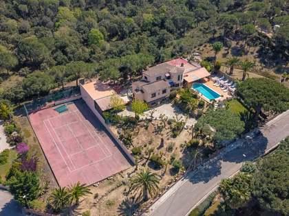 397m² House / Villa for sale in Calonge, Costa Brava
