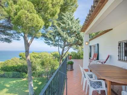 Huis / Villa van 325m² te koop in Sa Riera / Sa Tuna