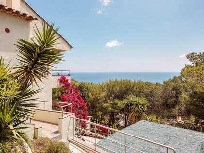 219m² Villa for sale in Tamariu