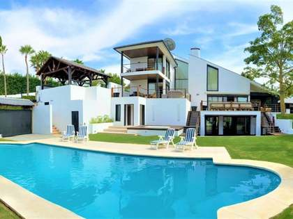 Maison / Villa de 502m² a vendre à Nueva Andalucía avec 1,400m² de jardin
