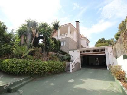 393m² House / Villa for sale in East Málaga, Málaga