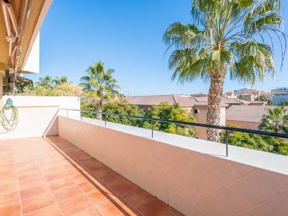 234m² Apartment with 61m² terrace for sale in Málaga, Spain
