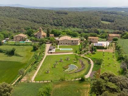 Maison de campagne de 1,153m² a vendre à Pla de l'Estany avec 7,000m² de jardin